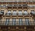 Rue des Vinaigriers (Paris), numéro 57, fenêtres 01.jpg