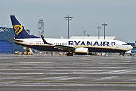 Ryanair, EI-FOK, Boeing 737-8AS (37041147056).jpg