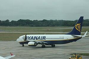 Ryanair (EI-DHB) Boeing 737-800 aircraft, Lond...