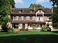 Saint-Hilaire-Saint-Mesmin mairie 1.jpg