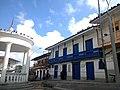 Santo Domingo - kiosco y concejo.jpg