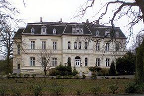 Schloss Schönfeld.jpg