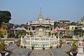 Sheetalnath Temple with Fountain - Sheetalnath Temple and Garden Complex - Kolkata 2014-02-23 9490.JPG