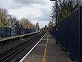 Sidcup station look east3.JPG