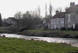 Sinnington Bridge.jpg