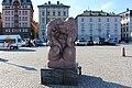 Sjöguden или Sjögudens (1913 г.) - скульптура Карла Миллеса (Carl Milles) на пристани рядом с Казначейской лестницей (Räntmästartrappan) - panoramio.jpg