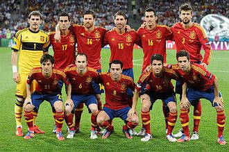 Gerard Piqué - Piqué (back row, first from right) lining up before the UEFA Euro 2012 Final