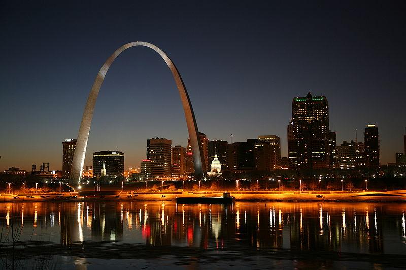 File:St Louis night.jpg