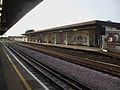 Stamford Brook stn westbound Piccadilly look west.JPG