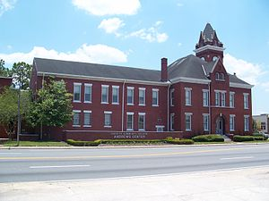 Old Bradford County Courthouse - Old Bradford County Courthouse: The wing on the left is a later addition