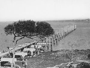Hornibrook Bridge - Building the bridge, 1933