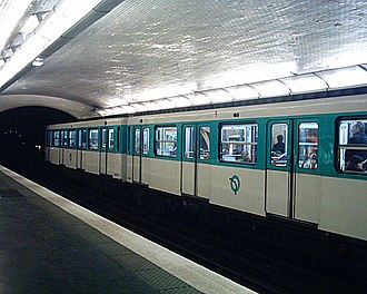 Paris Métro Line 2 - Image: Station Monceau Ligne 2 Quais 02 03 06