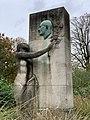Statue Firmin Gemier Aubervilliers 2.jpg