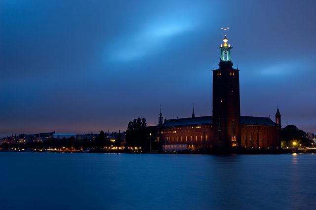 640px-Stockholm_Stadshuset_sept2010.jpg