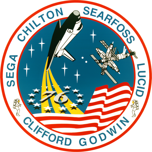 File:Sts-76-patch.png