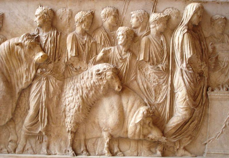 Denario de Septimio Severo. MARS PATER. Marte a dcha. Roma 800px-Suovetaurile_Louvre