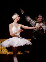 Roberta Marquez as Odette in a 2007 production of Swan Lake at London's Royal Opera House