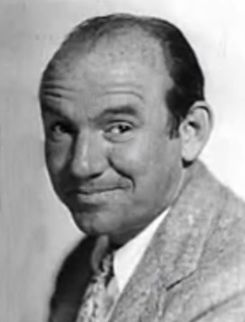 Ted Healy in The Casino Murder Case trailer.jpg