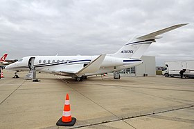 Textron Aviation, N707CL, Cessna 700 Citation Longitude (31378962178).jpg