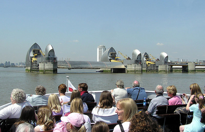 Fil:Thames.barrier.2.london.arp.jpg