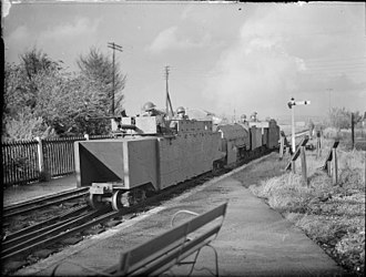 Romney, Hythe and Dymchurch Railway - Troops from the Somerset Light Infantry manning the armoured train in October 1940.