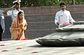 The President of India, Smt. Pratibha Patil paying tribute at Vir Bhoomi the Samadhi of Late Prime Minister Rajiv Gandhi, in Delhi on July 26, 2007.jpg