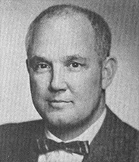 Thomas B. Curtis American politician