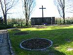 Timmendorfer-Strand-Waldfriedhof-Gräber-Cap-Arcona.JPG