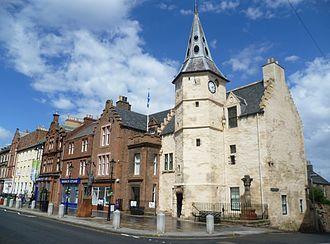 Dunbar - Image: Tolbooth, Dunbar High Street