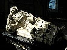 upload.wikimedia.org/wikipedia/commons/thumb/4/45/Tomb_effigy_of_Amalia_Mniszech_in_Saint_Mary_Magdalene_Church_in_Dukla.JPG/220px-Tomb_effigy_of_Amalia_Mniszech_in_Saint_Mary_Magdalene_Church_in_Dukla.JPG