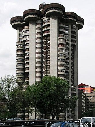 Francisco Javier Sáenz de Oiza - Image: Torres Blancas Madrid