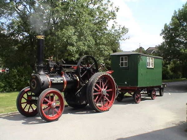 An agricultural engine, towing a living van and a water cart:Ransomes, Sims & Jefferies Ltd 6 nhp Jubilee of 1908