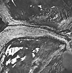 Tyeen Glacier, junction of tidewater glacier and terminus, and glacial remnents, September 17, 1966 (GLACIERS 5934).jpg
