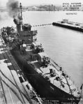 USS Helm (DD-388) - 19-N-28726.jpg
