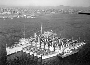 USS Melville AD-2 with 6 destroyers 1932.jpg