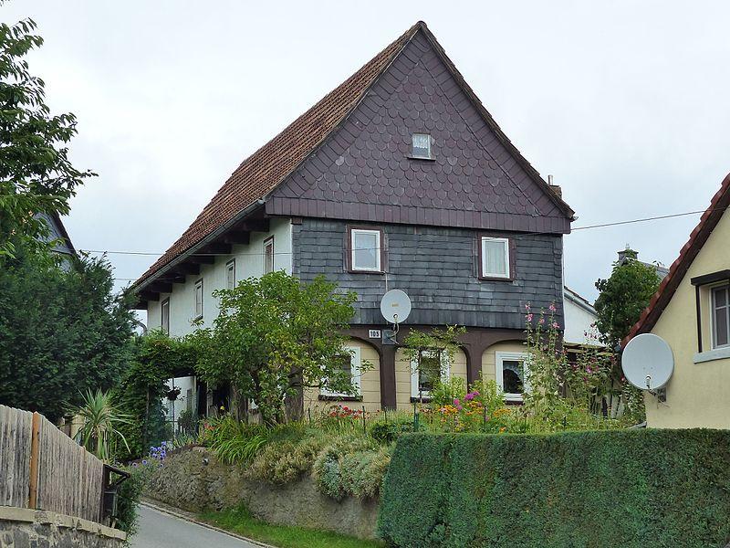 File:Umgebinde Hauptstraße 105 Bertsdorf.jpg