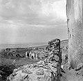 Vár, a külső vár és a keleti várfal az öregtorony felől. Fortepan 1902.jpg