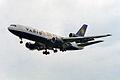 Varig Cargo McDonnell Douglas DC-10-30(F) PP-VMT (27817172331).jpg