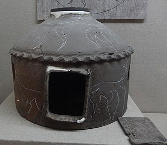 Miniature model of a Khitan tent found in the Hadatu tomb in 1973 Vaulted cinerary urn engraved with deer designs.jpg