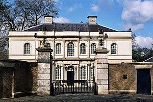 Quinlan Terry's Regent's Park villas - Veneto Villa, Regent's Park
