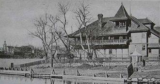 Vesper Country Club - Vesper Boat House 1905