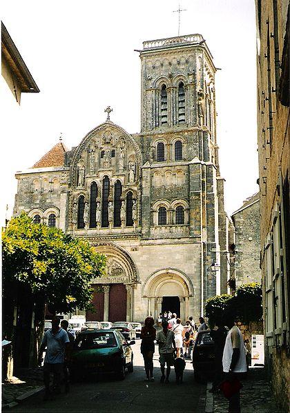 File:Vezelay Ste Madeleine Westfassade.jpg