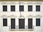 Villa Querini detail facade Mestre Venezia.jpg