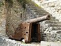 Villamblard château Barrière canon.jpg
