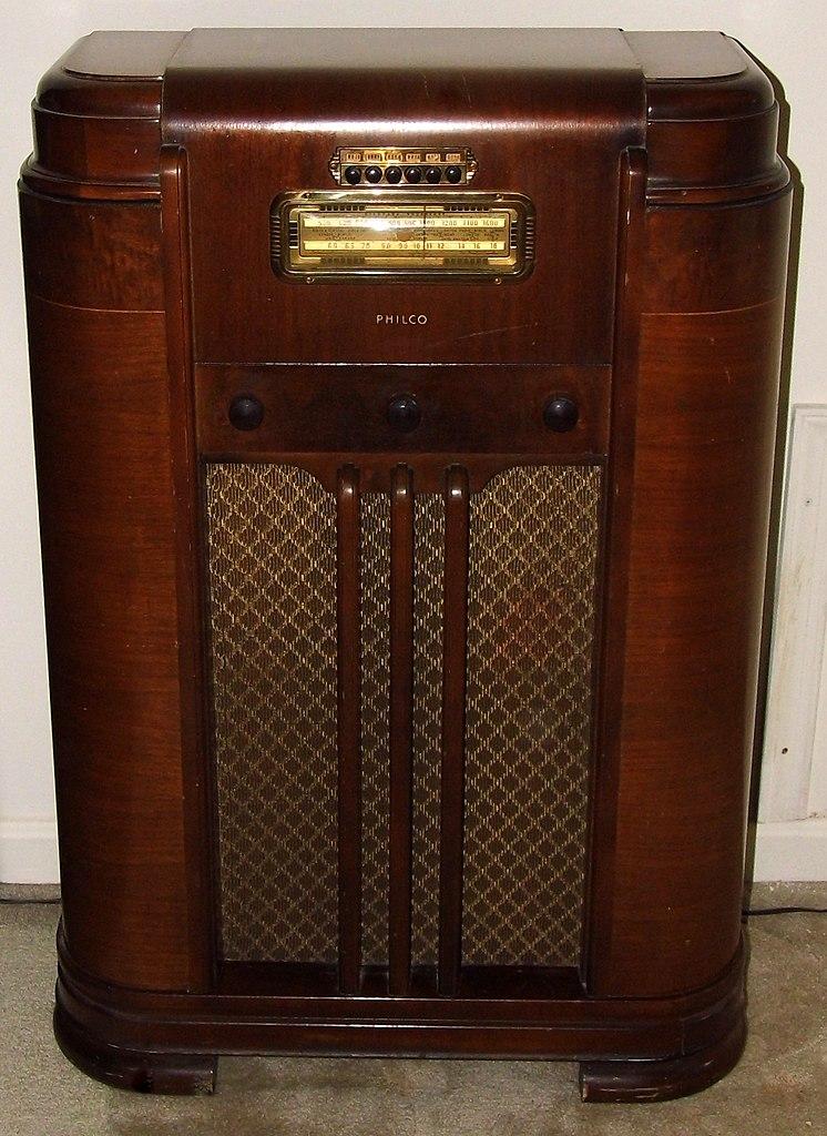 Vintage Philco Wood Console Radio Model