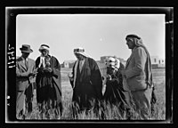 Visit to Beersheba Agricultural Station (Experimental) by Brig. Gen. Allen & staff & talks to Bedouin sheiks of district by station superintendent. Subhi Effendi Sh'chaby, explaining LOC matpc.20545.jpg