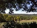 Vue depuis les Jardins du manoir d'Eyrignac.jpg