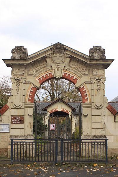 Portail de l'école matenelle publique de filles, Fr-49-Saumur.