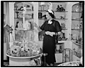 Washington D.C. July 27. Mrs. Claude Pepper, Wife of the Democratic Senator from Florida, goes shopping on fashionable Connecticut Ave., 7-27-37 LCCN2016872073.jpg