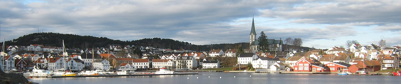 View of the town of Lillesand